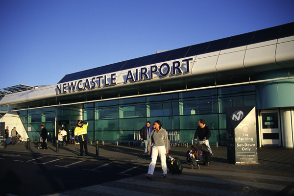 Newcastle Airport (Newcastle International Airport). Official sayt.1