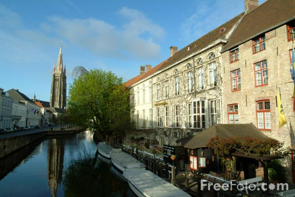 Picture of Bruges Canal Network - Venice of the North - Free Pictures - FreeFoto.com