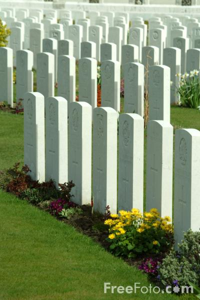 Picture of Tyne Cot Cemetery - Free Pictures - FreeFoto.com