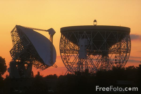 Picture of Joddrell Bank, The worlds largest fully steerable radio telescope - Free Pictures - FreeFoto.com