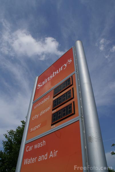 Picture of Sainsbury's Supermarket petrol price sign - Free Pictures - FreeFoto.com