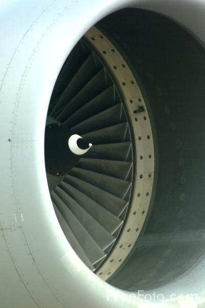 Picture of Jet Engine - Free Pictures - FreeFoto.com
