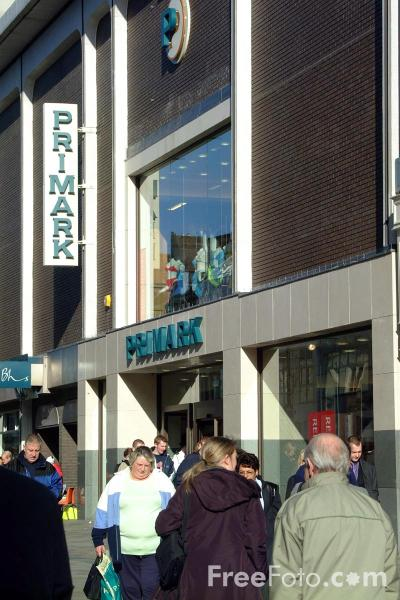 Picture of Primark, Northumberland Street, Newcastle - Free Pictures - FreeFoto.com
