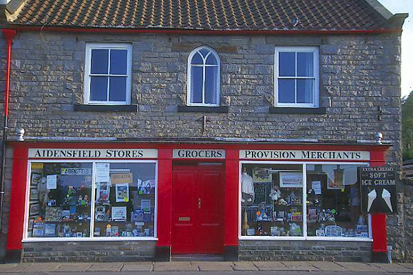 Picture of Grocers, Goathland - Free Pictures - FreeFoto.com