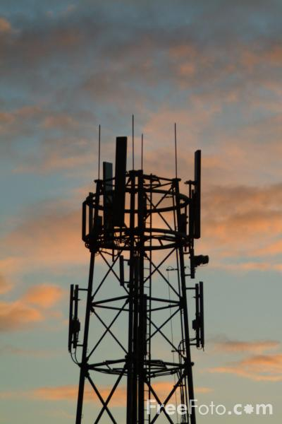 Picture of Cell Phone Mast - Free Pictures - FreeFoto.com
