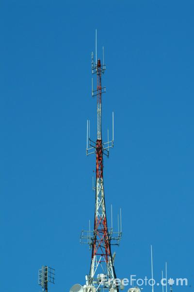 Picture of Television and Mobile Phone Mast, San Francisco - Free Pictures - FreeFoto.com