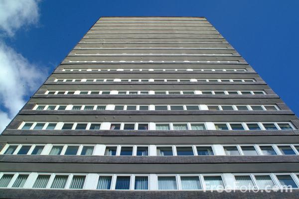 Picture of Tower Block, Sunderland - Free Pictures - FreeFoto.com