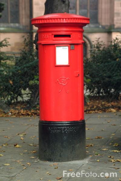 Picture of Post Box - Free Pictures - FreeFoto.com