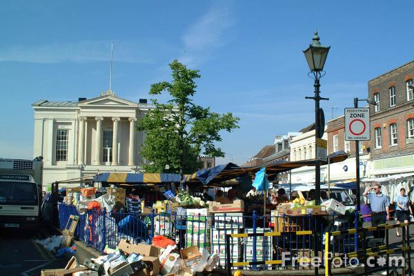 Picture of Market Stalls - Free Pictures - FreeFoto.com