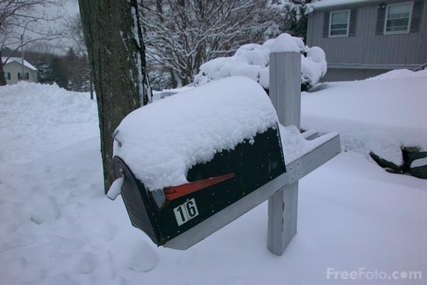 Picture of Snow covered mailbox - Free Pictures - FreeFoto.com
