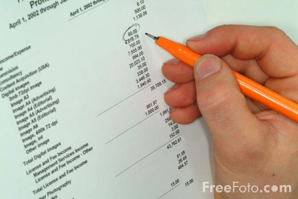 Picture of Pen - Checking Figures - Free Pictures - FreeFoto.com