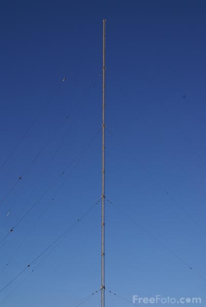 Picture of Communications Mast - Free Pictures - FreeFoto.com
