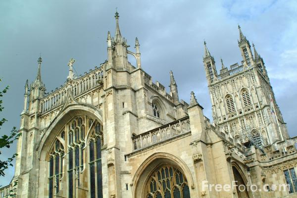 Picture of Gloucester Cathedral, Church of St. Peter and the Holy and Indivisible Trinity - Free Pictures - FreeFoto.com