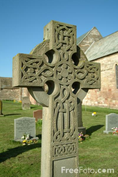 http://www.freefoto.com/images/05/08/05_08_78---Celtic-Cross_web.jpg