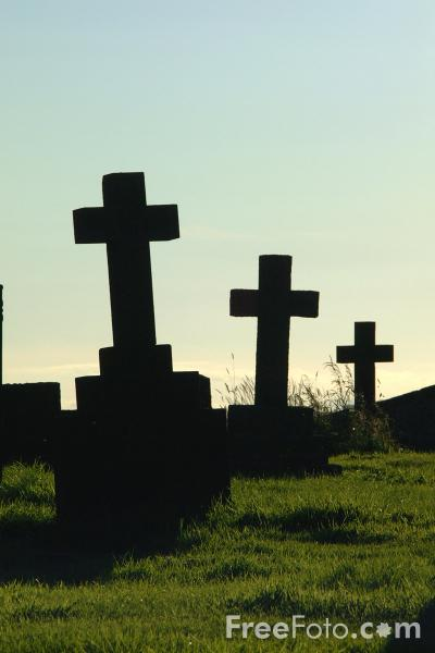 Picture of 3 Stone Crosses - Free Pictures - FreeFoto.com