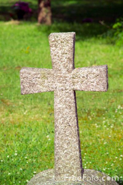 Picture of Stone Cross - Free Pictures - FreeFoto.com