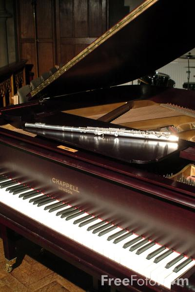 Picture of Piano and Flute - Free Pictures - FreeFoto.com