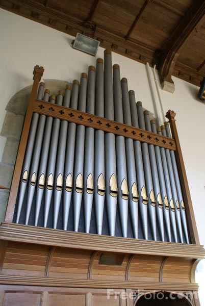Picture of Church Pipe Organ - Free Pictures - FreeFoto.com