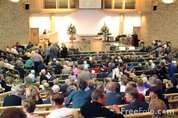 Picture of Congregation, Stockton Baptist Tabernacle Church - Free Pictures - FreeFoto.com