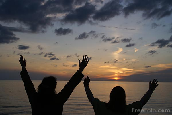 Picture of Worship at Sunset - Free Pictures - FreeFoto.com