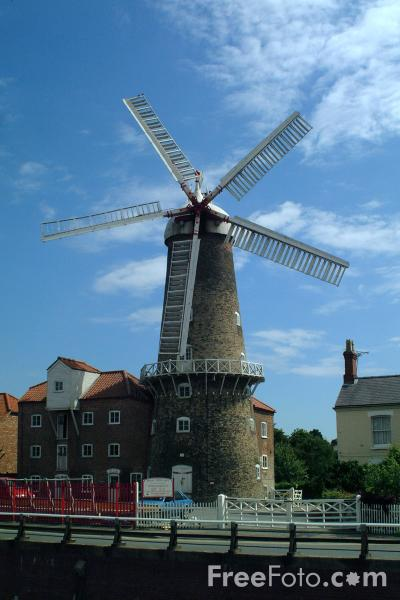 Picture of Windmill - Free Pictures - FreeFoto.com