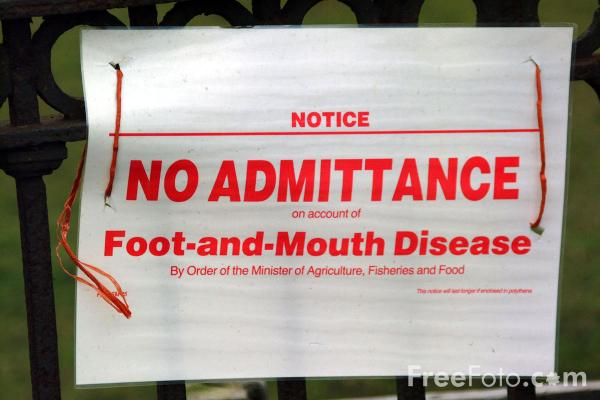 Picture of Notice No Admittance on account of Foot and Mouth Disease by order of the Minster of Agriculture, Fisheries and Food - Free Pictures - FreeFoto.com