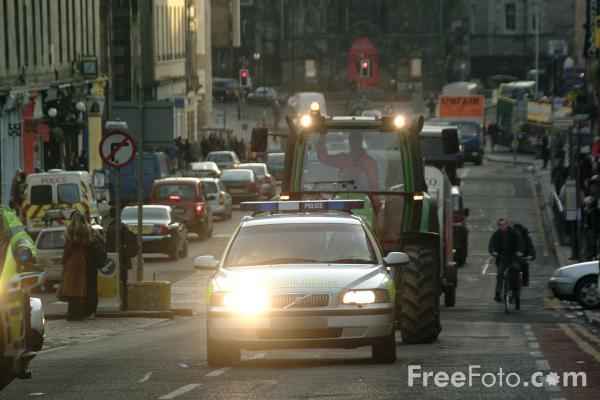 Picture of Rural Rebels protesting in Edinburgh - Free Pictures - FreeFoto.com