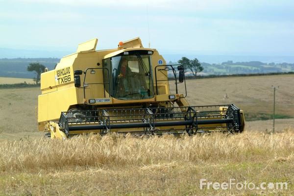 Combine Harvester pictures, free use image, 07-28-3 by FreeFoto.