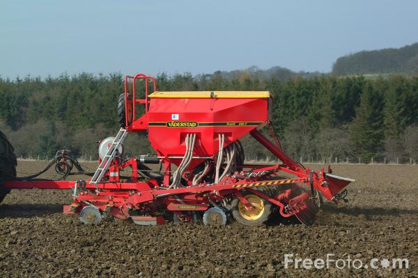Picture of Vaderstad agricultural seed drill sowing seeds - Free Pictures - FreeFoto.com