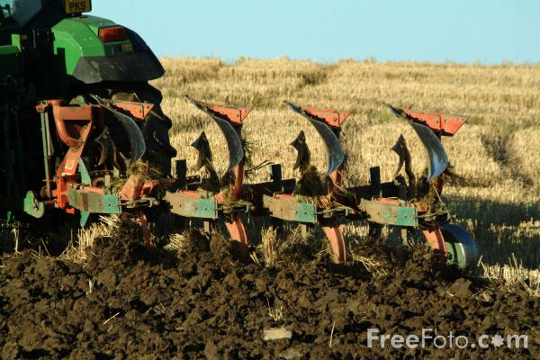 Picture of Ploughing - Free Pictures - FreeFoto.com