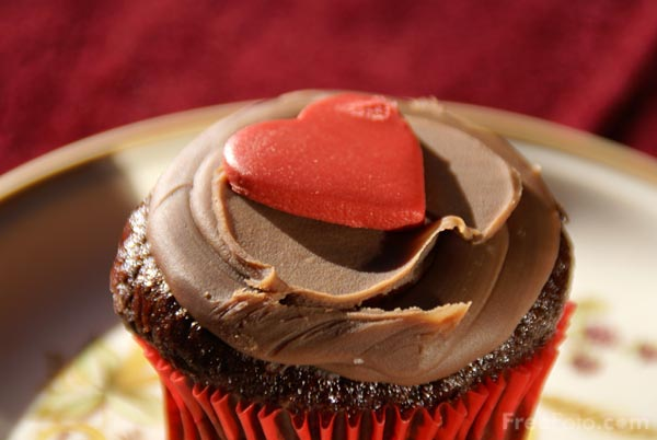 Picture of Valentine's Day Cake - Free Pictures - FreeFoto.com