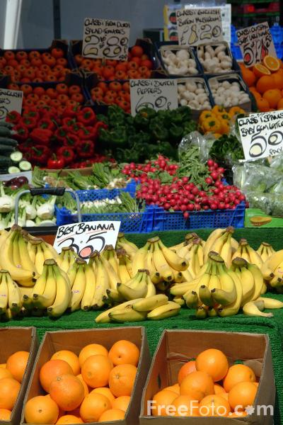 Picture of Fruit and Veg Market Stall - Free Pictures - FreeFoto.com