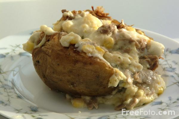 Picture of Baked Potatoe - Free Pictures - FreeFoto.com