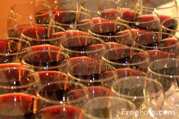 Picture of Glasses of Red Wine - Free Pictures - FreeFoto.com