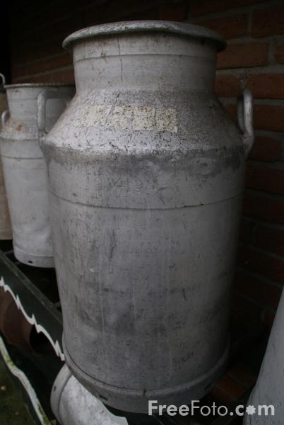 Picture of Milk Churns - Free Pictures - FreeFoto.com