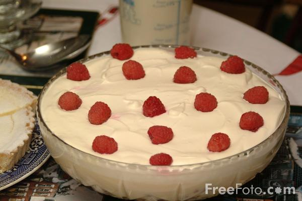 Picture of Sherry Trifle - Free Pictures - FreeFoto.com