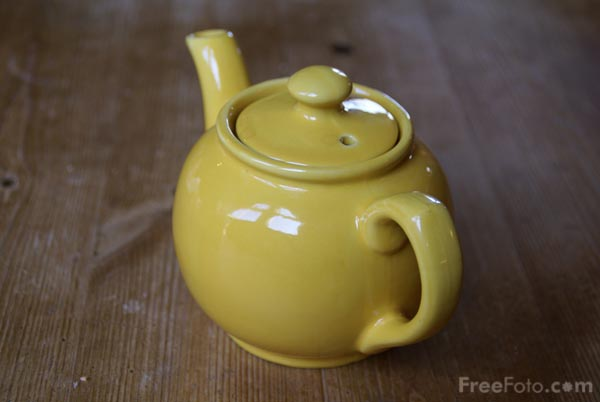 Picture of Teapot - Free Pictures - FreeFoto.com