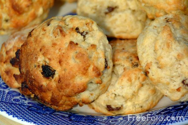 Scones pictures, free use image, 09-29-8 by FreeFoto.com