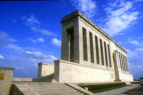 Picture of Aisne Marne American Memorial - Free Pictures - FreeFoto.com