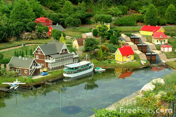 Picture of Legoland, Windsor, England - Free Pictures - FreeFoto.com