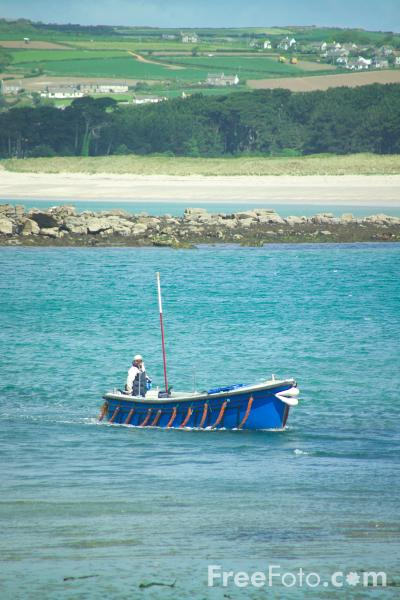 Picture of Fishing Boat, St Michael's Mount,  Cornwall - Free Pictures - FreeFoto.com