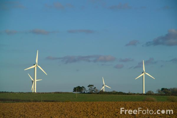 Picture of Goonhilly Downs Wind Farm, Cornwall - Free Pictures - FreeFoto.com