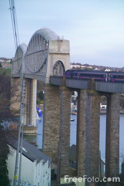 Picture of The Royal Albert Bridge, Saltash, Cornwall - Free Pictures - FreeFoto.com