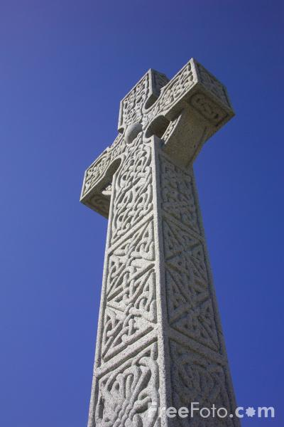 Picture of Celtic Cross, St Ives,  Cornwall - Free Pictures - FreeFoto.com