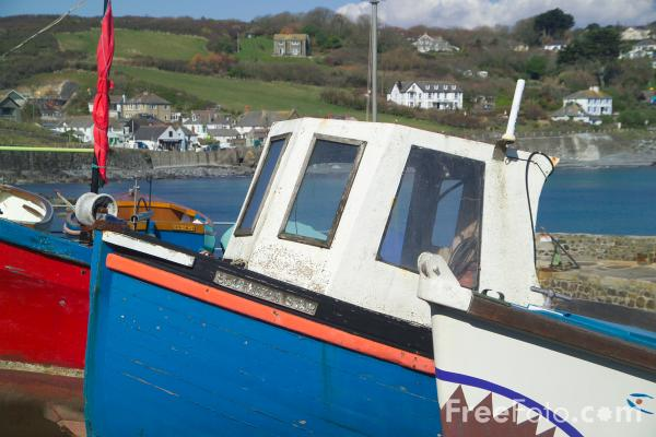 Picture of Coverack, Cornwall - Free Pictures - FreeFoto.com