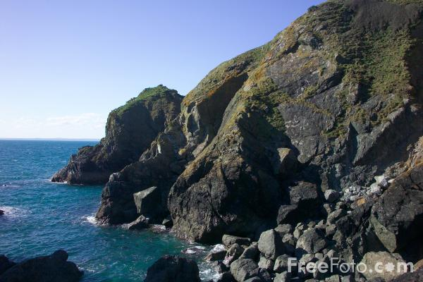 Picture of Mullion Cove Harbour, Cornwall - Free Pictures - FreeFoto.com