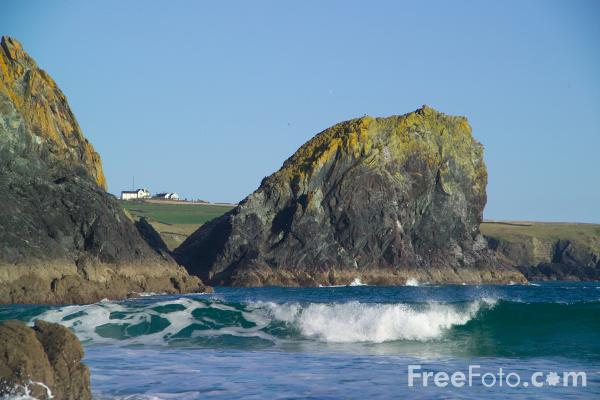 Picture of Kynance Cove, Cornwall - Free Pictures - FreeFoto.com
