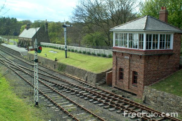 Picture of Beamish Railway Signal Box - Free Pictures - FreeFoto.com