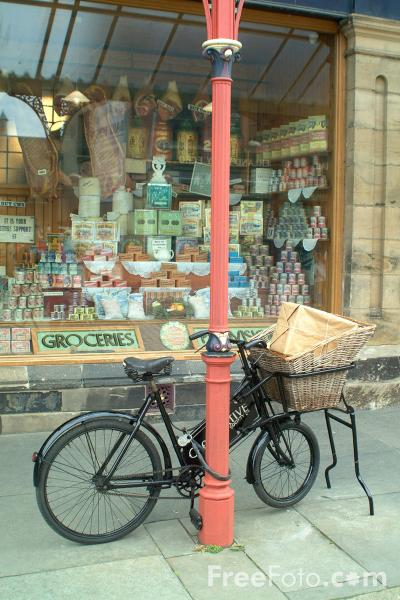 Picture of The 1913 Co-op shop, The North of England Open Air Museum, Beamish, County Durham - Free Pictures - FreeFoto.com