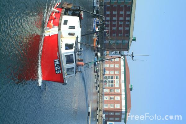 Picture of Fishing Boat, Hartlepool Marina - Free Pictures - FreeFoto.com